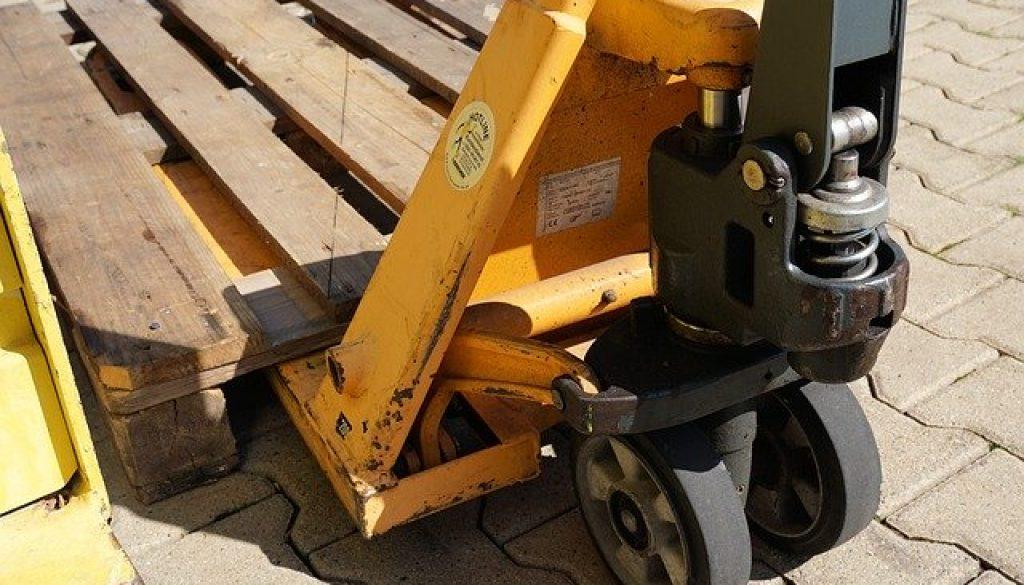 pallet-truck-1653636_640