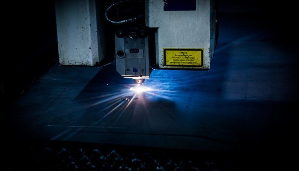 laser-2819140_640