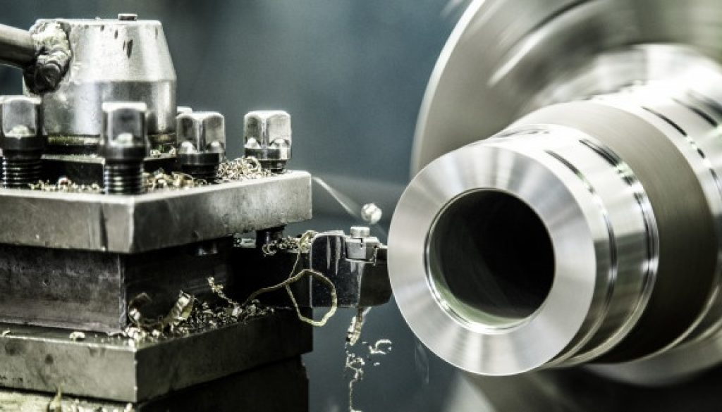 travail-machine-tour-industrie_44762-657