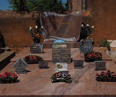 family-grave-1521721_640