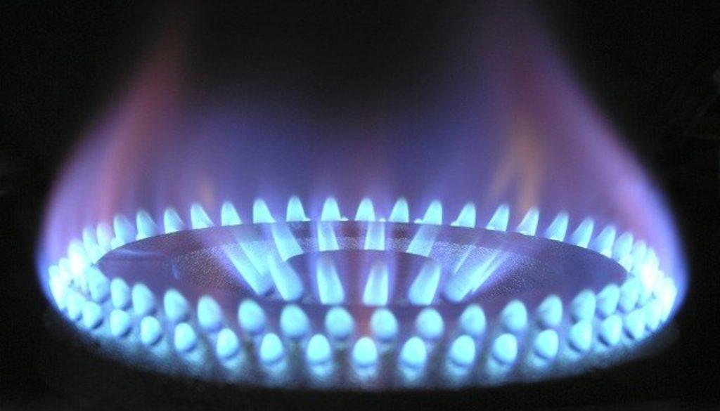 flame-580342_640