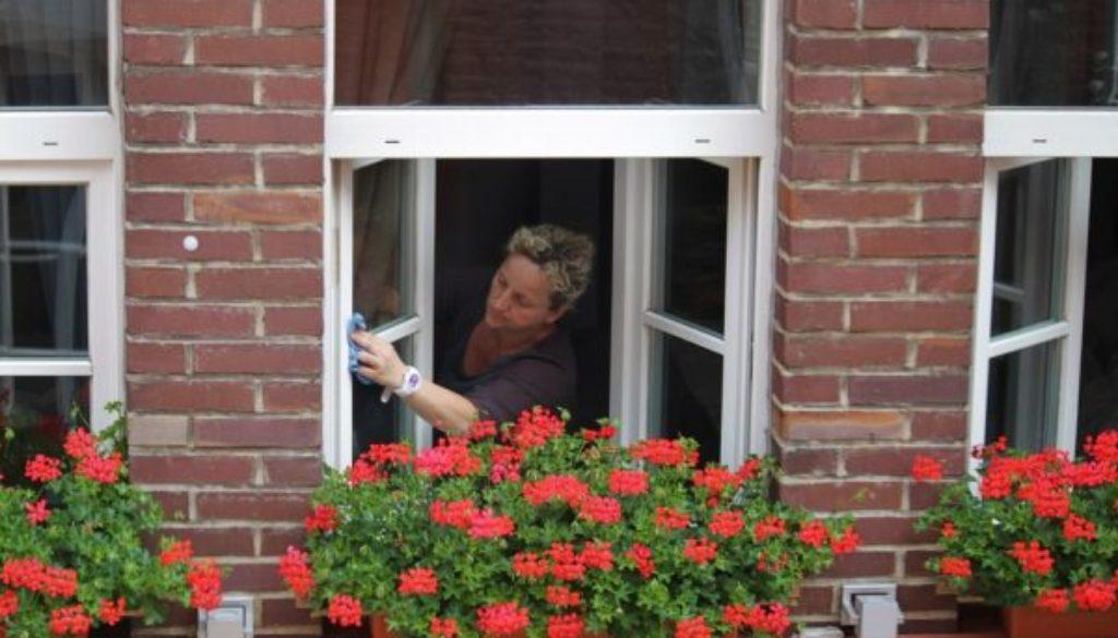 washing-windows-394158_960_720