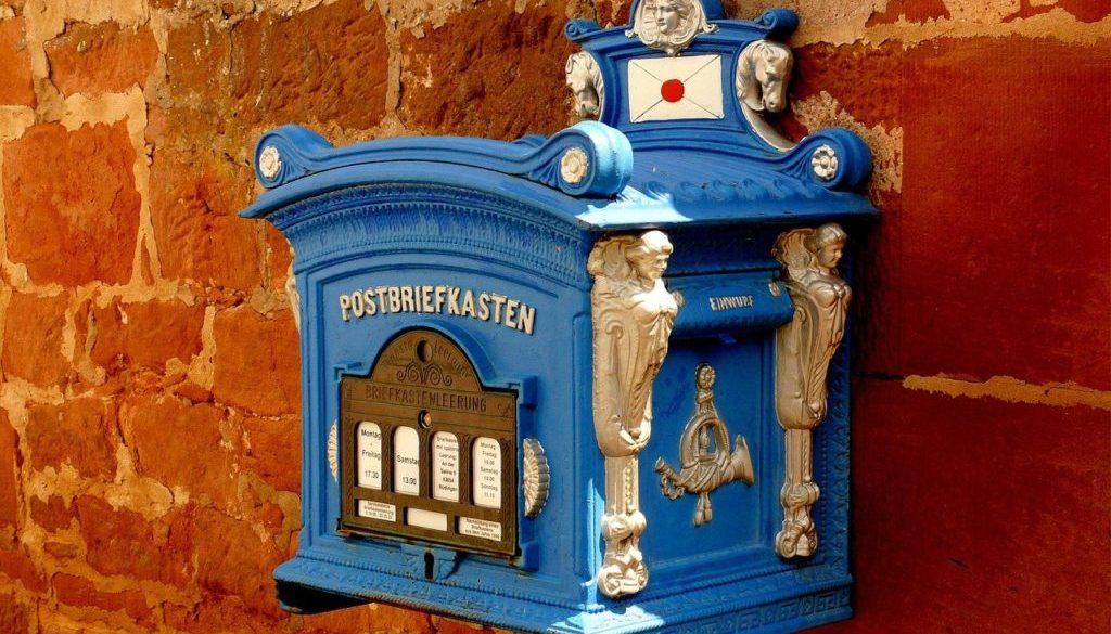 Courrier boîte aux lettres